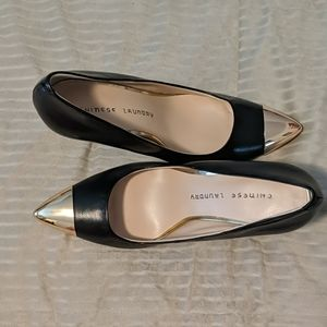 Chinese laundry black and gold heels